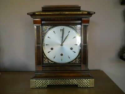 Vintage SMITHS Enfield Westminster Chime Mantel Clock With Key - Good Working.