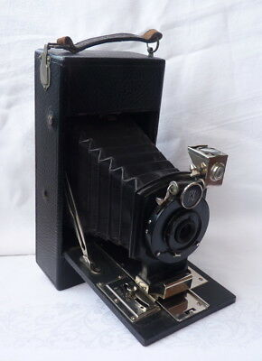 The 2 1/2 Folding Ensign Camera - Houghtons Ltd, London
