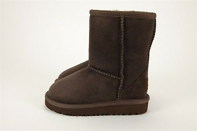UGG Australia Kids Classic Short in Chocolate - Toddlers Sizes 7 - Big Kids 1