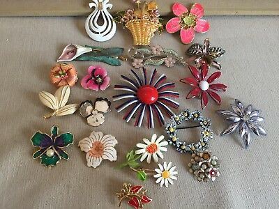 Vintage Metal Enamel Flower pin lot of 20 pieces, Daisy pansy orchid lot 12.28
