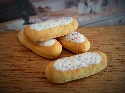 Dolls House Miniature Food Handmade * 4 X White Frosted Eclairs * Combined P+P