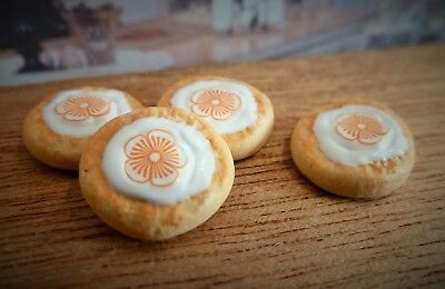 Dolls House Miniature Food Handmade * 4 X Flower Biscuits * Combined P+P