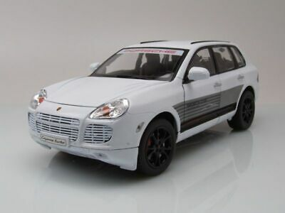 Porsche Cayenne Turbo Sports Cup 2006 Blanc, Modèle de Voiture 1:18 / Welly