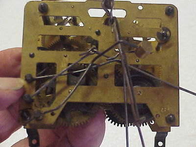 Vintage Used 30 Hour Unmarked 460 Cuckoo Clock Movement parts repair F