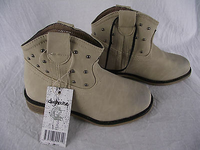 BNWT Little Girls Sz 7 Rivers Doghouse Brand Stone Western Style Ankle Boots