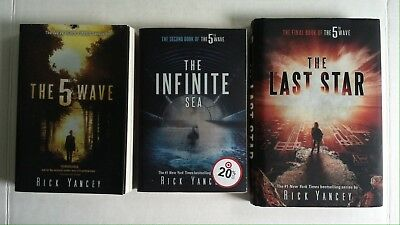 THE 5TH WAVE: The First Book of the 5th Wave Series by Rick