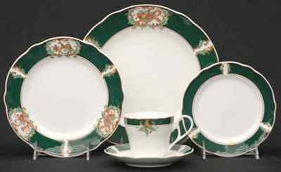Noritake HOME FOR CHRISTMAS 5 Piece Place Setting 6054106