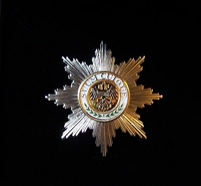Royal German Prussia Germany Kaiser Medal Badge Star Black Eagle Award Army King