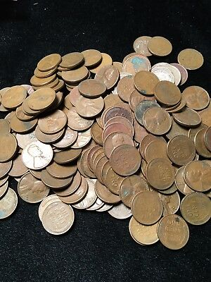 ONE POUND OF Unsearched Lincoln Wheat Pennies 1909-1958 (3 Rolls