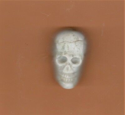 UNUSUAL OLD HAND CARVED NATURAL STONE OFF-WHITE SKULL PENDANT *Jewelry