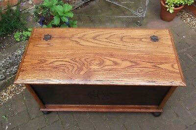 VINTAGE 1930s BLANKET BOX~PLANKED OAK TOP~SEAT~LINEN CHEST~COFFEE TABLE~TOYS