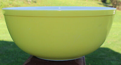 Vintage Pyrex #404 Primary Yellow Large Nesting Mixing Bowl 4 Quart