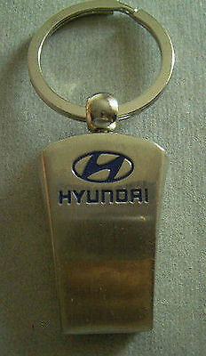 Vintage HYUNDAI Automobile Car Emblem Logo Badge Keychain 1990S
