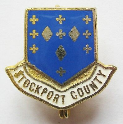 STOCKPORT COUNTY - Superb Vintage Enamel Football Pin Badge By Coffer