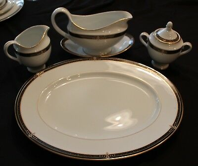 "Wedgwood Embassy Collection ""Whitfield"" Service 1995 Fine China Collectible Mint"