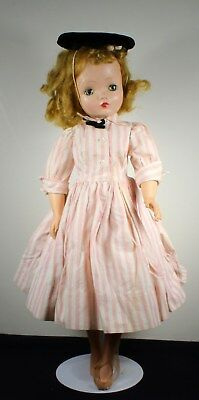 VINTAGE!  Madame Alexander Cissy Doll in Tagged Dress All ORIGINAL
