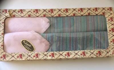 francis Vintage Collectable 2 x place mats , napkins in orginal box Shabby Chic