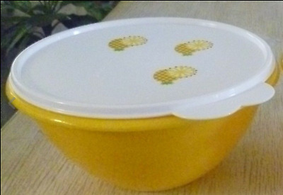 Tupperware Wonderlier Bowl 7 Cups Sheer Yellow White w/ Pineapple Logo Seal New