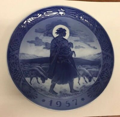 "1957 ""The Good Shepherd"" Royal Copenhagen Denmark 7"" Christmas Plate"