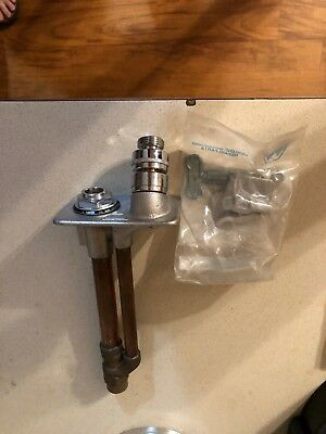 WoodFord Manufactoring Company Commercial Freezeless Wall Hydrant (New With Key)