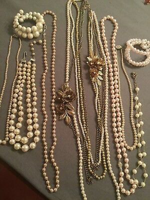 VINTAGE LOT OF 9 FAUX PEARL BEADED NECKLACES Bracelets Multi Strand lot 14.25