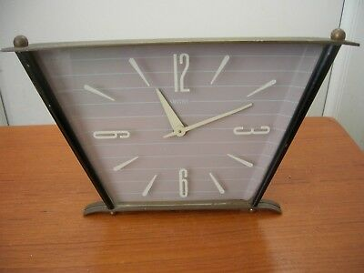 VINTAGE Smiths  Slim Art deco  1920s Style. Mantle Clock. Wind Up
