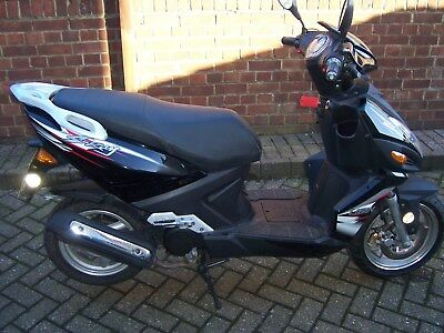LIFAN STINGRAY 50cc SCOOTER (65) PLATE ONLY 835 KMS BEEN STORED NEEDS ATTENTION