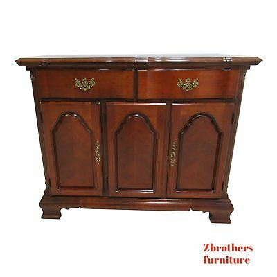 Lexington Cherry Chippendale Flip Top Server Bar Liqour Cabinet
