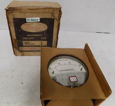 NEW DWYER 193605-00 Gauge 0-15 Inches Of Water Mac 12-193605