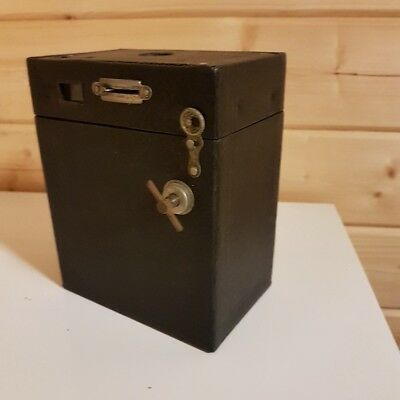Box Camera No.2A Brownie Model B