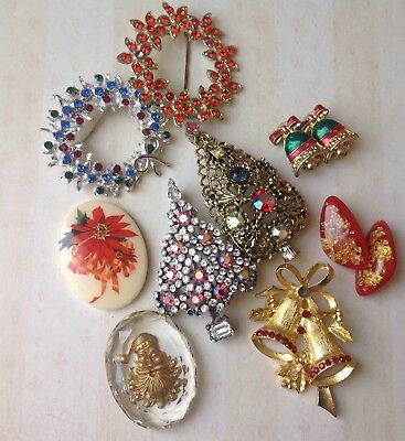 Vintage 9pc Christmas Lot for Wear & Crafting Signed Brooches Earrings Cabochons