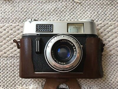Vintage 1960's 1970's Voigtlander Vitoret Camera with Original Case