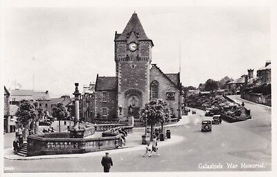 Galashiels - War Memorial & Old Cars - Real Photo By Lilywhite