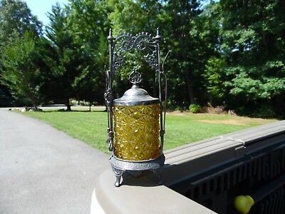 Antique Victorian Pickle Castor Set / Yellowish Button And Daisy / Lot 57a