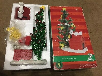 Dept 56 Peanuts Advent Tree Snoopy & Woodstock 25 Pieces Christmas Countdown