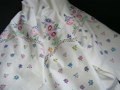 B'ful Vintage  Richly Hand Embroidered Colourful Multi Daisy Large Tablecloth