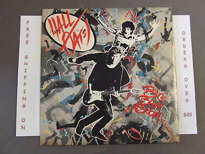 "Daryl Hall John Oates Big Bam Boom Lp W/ Lyric Sleeve ""out Of Touch"" Afl1-5309"