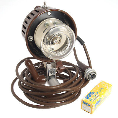 Speedotron Brown Line M11 Flash Lamp Head w New Modeling Bulb 1