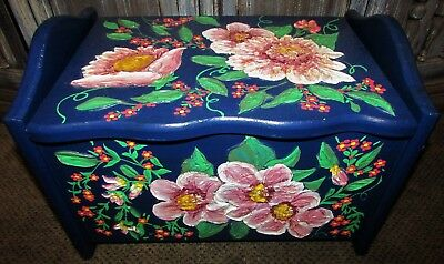 Vtg Lancaster County PA Folk Art Wooden Storage Bench Stool Hand Painted Signed