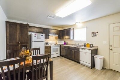 st george spring lease apartment for girls awesome roomates and very safe area