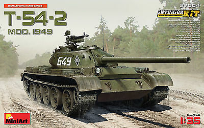 MINIART #37004 T-54-2 (Model 1949) w/Interior in 1:35