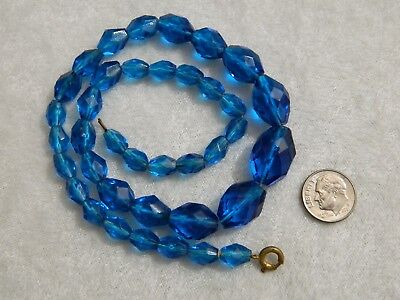 Vintage Art Deco Era Peacock Blue Glass Faceted Oval Bead Necklace