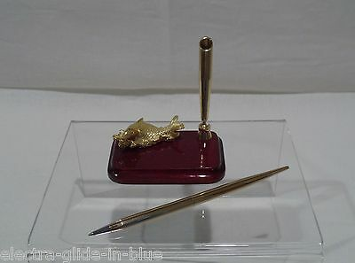 Risis 24Kt Gold Plated Bronze Carp Desk Pen Stand