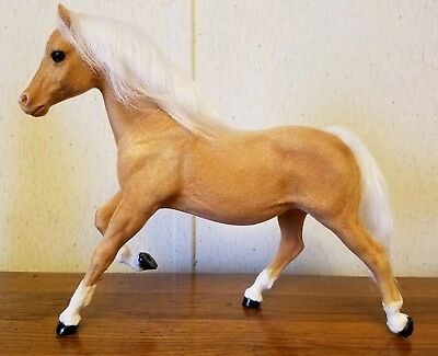 Vintage Breyer Riegseckers FLOCKED Running Mare, palomino, EXCELLENT condition!