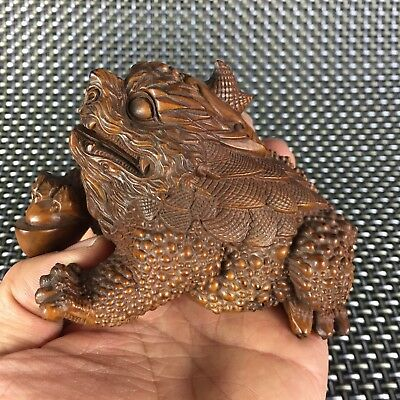 Japanese Netsuke Collectible Antique Boxwood Handwork Fortune Dragon Toad Statue