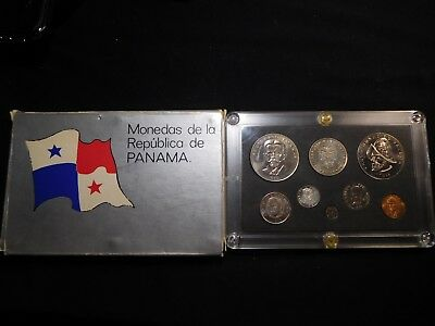 H133 Panama 1975 Mint Set w/ Silver Error Markings on Non Silver Coins