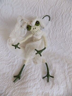 """Large 9"""" Needle-Felted Posable Frog Angel Fairy Dressed In Lace~Tree Topper?"""