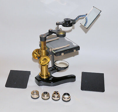 Fine dissecting microscope by Leitz, Wetzler in case.