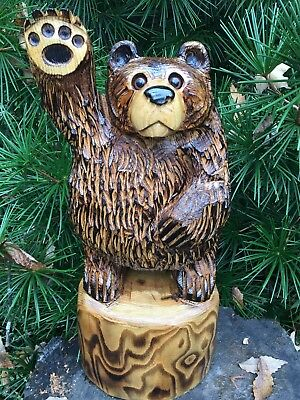 Chainsaw Carved Waving Bear SASSAFRAS WOOD Carvings Rustic Cabin Decor Folk Art
