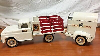 Vintage Tonka Farms Toys Truck and Trailer